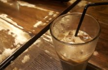 Kaffeelikör Eierlikör Longdrink mit Milch